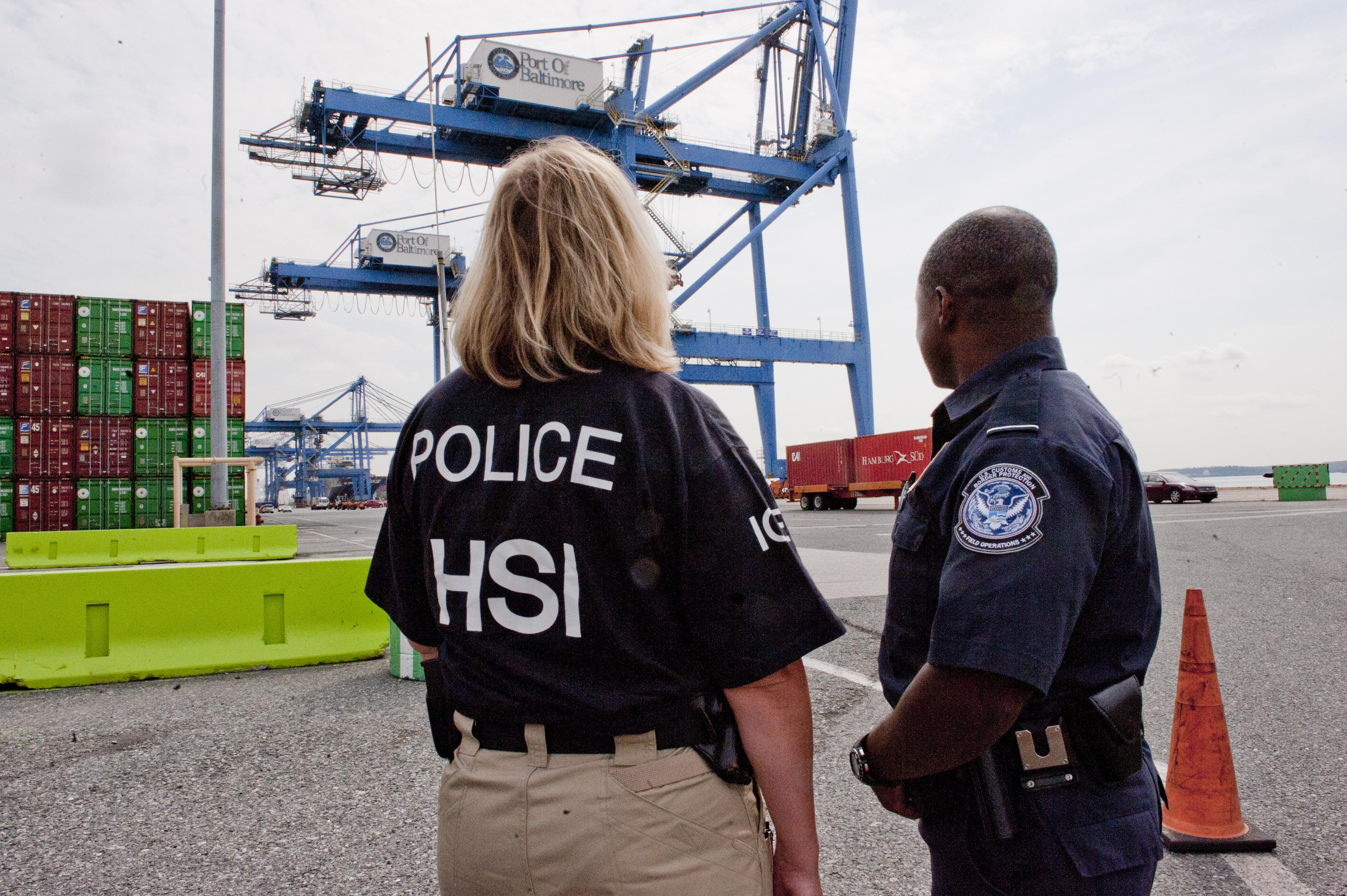 HSI CBP Agents at Port